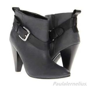 NEW  Guess Leather Carolyn Dark Grey BOOTIES 8.5